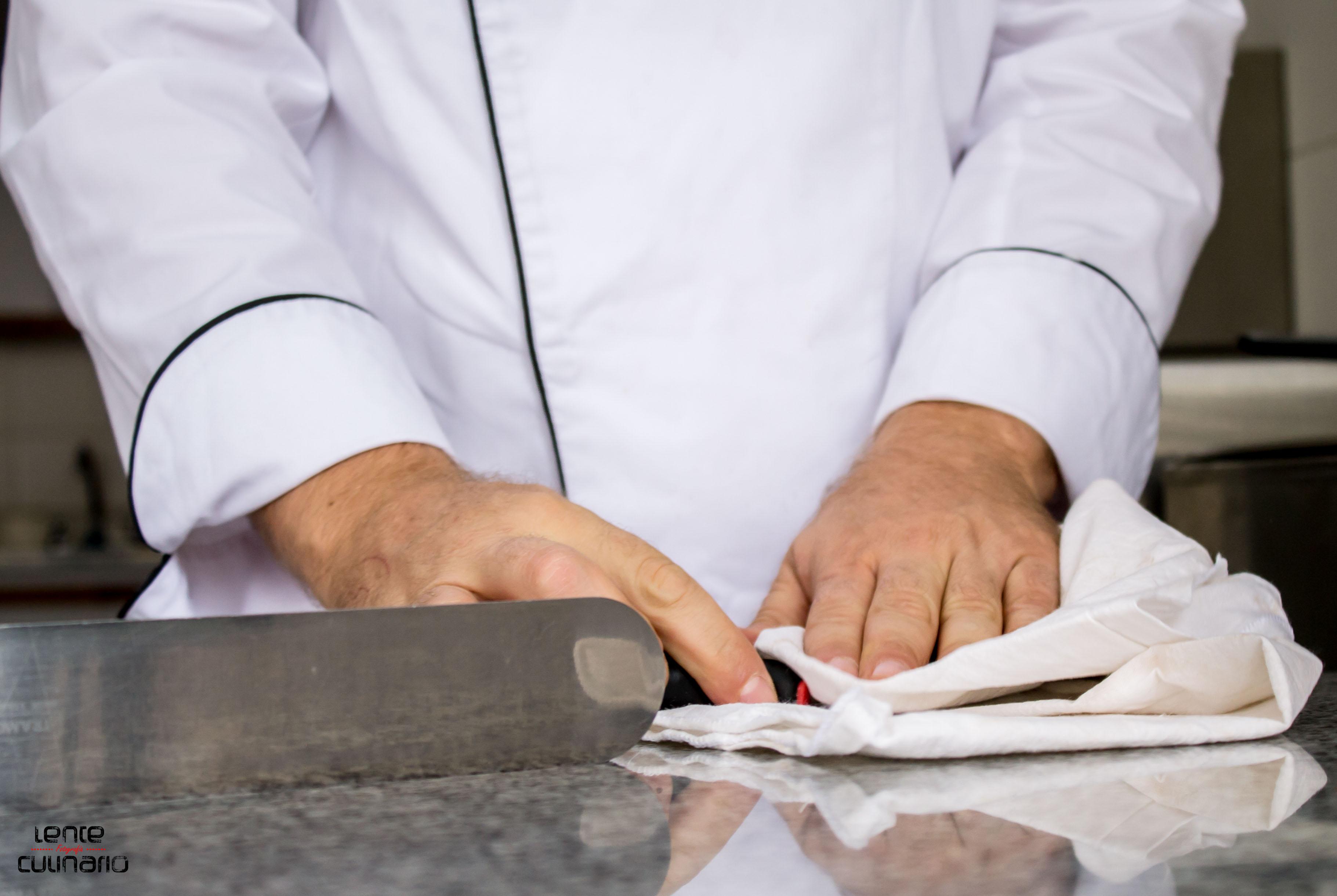 El pr ximo bill gates de los chocolates bienvenido a for Como limpiar una mesa de marmol manchada